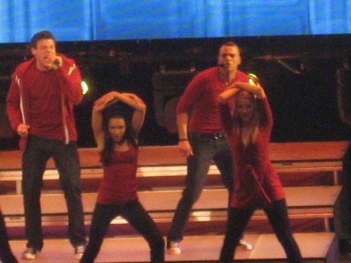 MD {Glee tour}