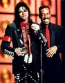 MJ with ..... - michael-jackson photo