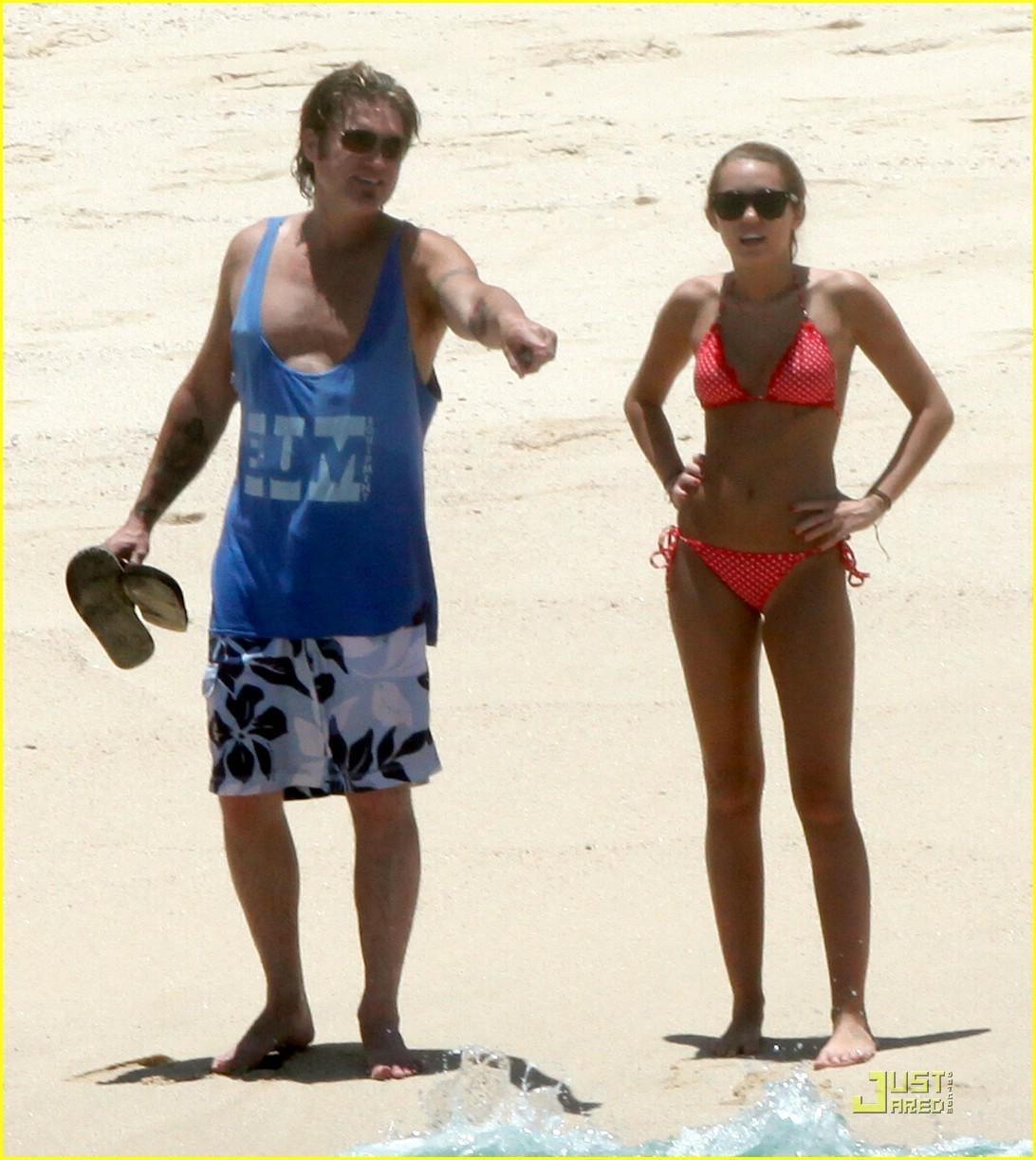 Miley Cyrus in bikini