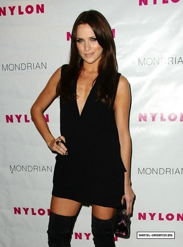 Nylon Magazine's 2009 TV Issue Launch Party (2009)