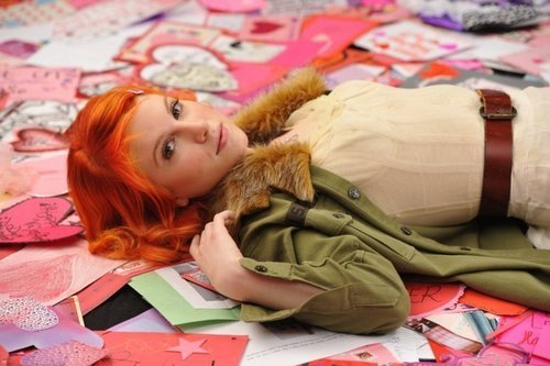 clips musicaux fond d'écran called Paramore- the only exception