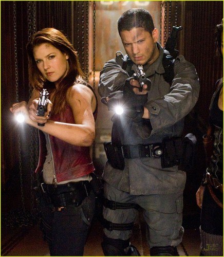 Resident Evil :Afterlife (2010)