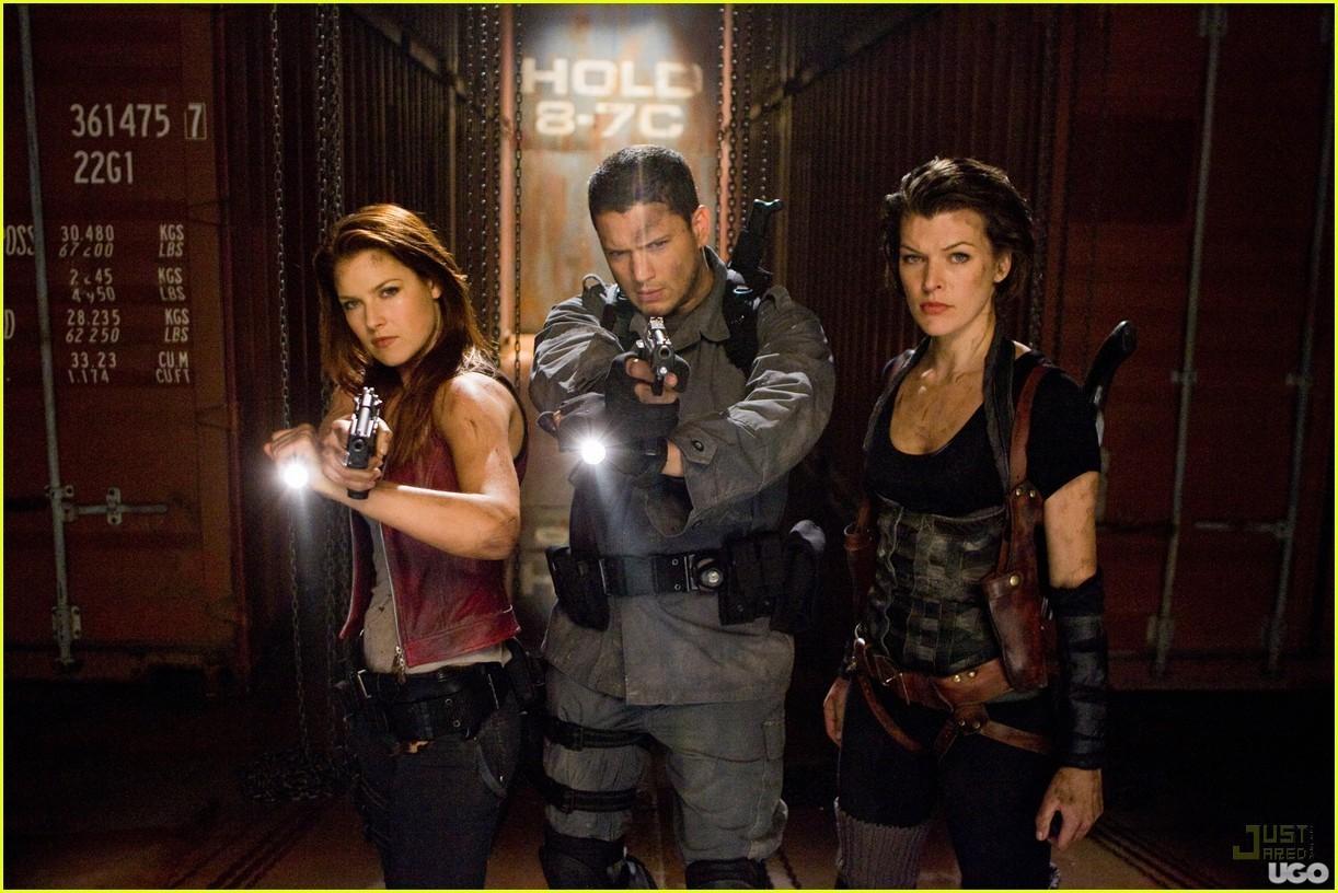 http://images2.fanpop.com/image/photos/12400000/Resident-Evil-Afterlife-2010-wentworth-miller-12448030-1222-816.jpg
