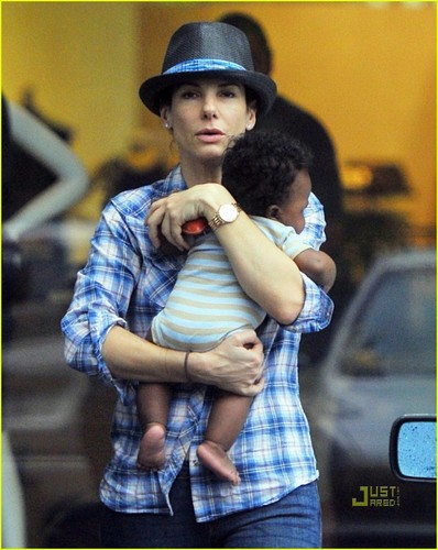 Sandra Bullock: Austin with Baby Louis!