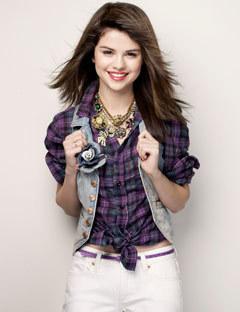 Angela Marie Stonem Selena-Gomez-Photo-Shop-selena-gomez-12409370-240-312