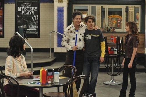 Wizards of Waverly Place – Max's Secret Girlfriend – Promo Pictures