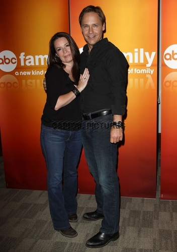 hulst, holly new appearance -Disney & ABC televisie Group Summer Press Junket