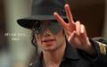 michael-jackson - peace.... wallpaper