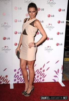 A Night Of Fashion & Technology With LG Mobile Phones (2010)