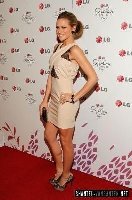 Shantel VanSanten Hintergrund entitled A Night Of Fashion & Technology With LG Mobile Phones (2010)