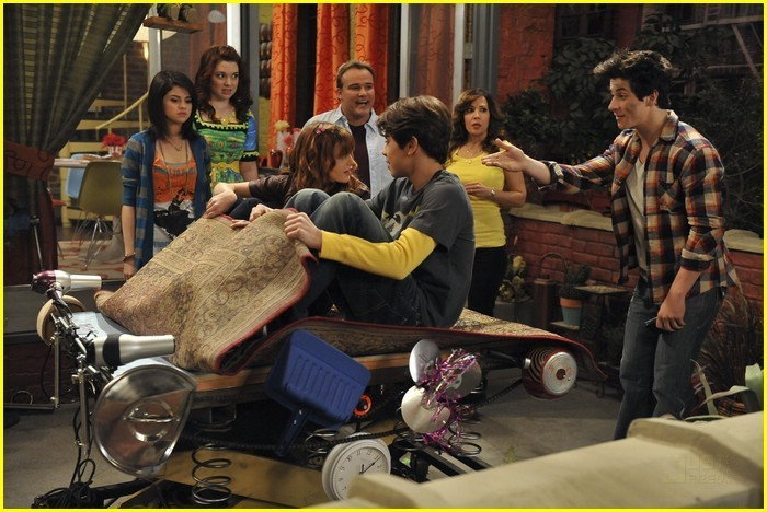 bella thorne zauberer vom waverly place
