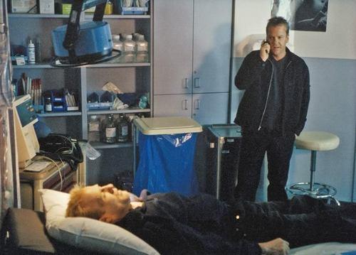 Jack Bauer Season 2 Stills