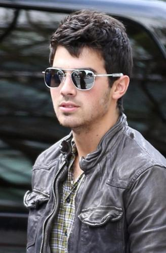 The Jonas Brothers wallpaper entitled Joe J
