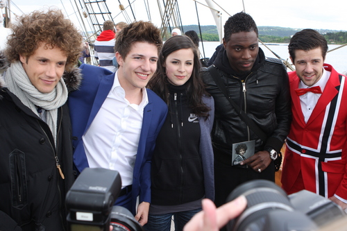 Lena with Big 4 and Norway नाव trip