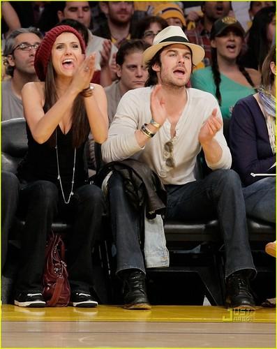 Nina@Lakers Game (27/5/2010)