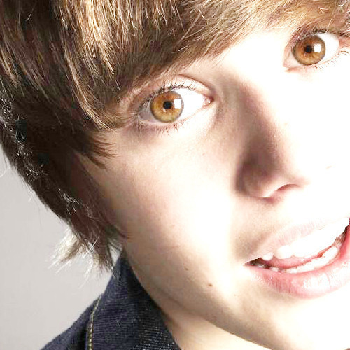 OMG Justin Bieber eyes