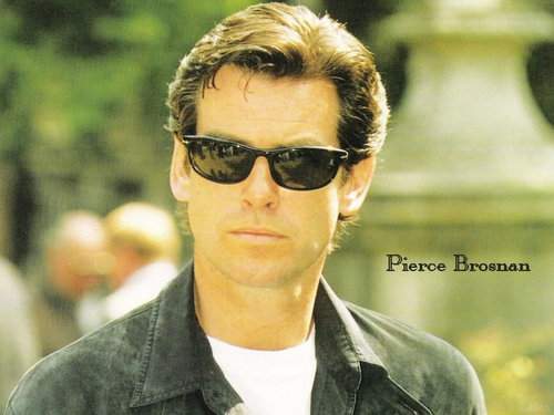 Pierce Brosnan Обои
