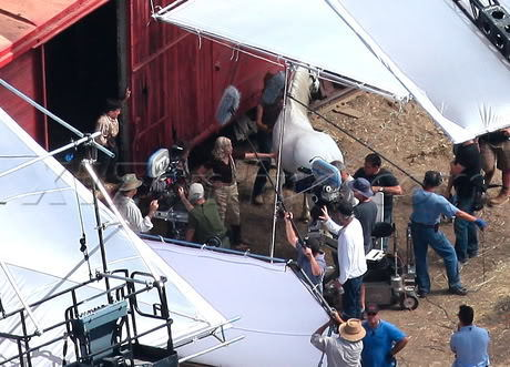 Reese On The Water For Elephants Set - Reese Witherspoon 460x331