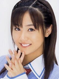 [Resim: Risa-Niigaki-morning-musume-12530762-240-320.jpg]