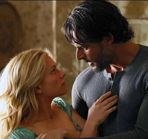 True Blood karatasi la kupamba ukuta entitled Sookie and Alcide