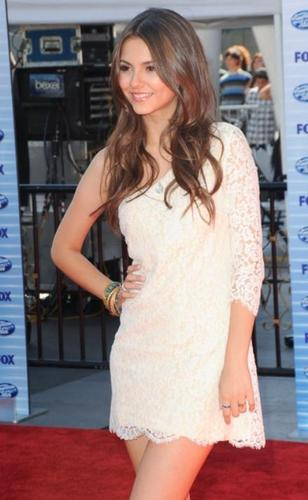 Victoria Justice in American Idol