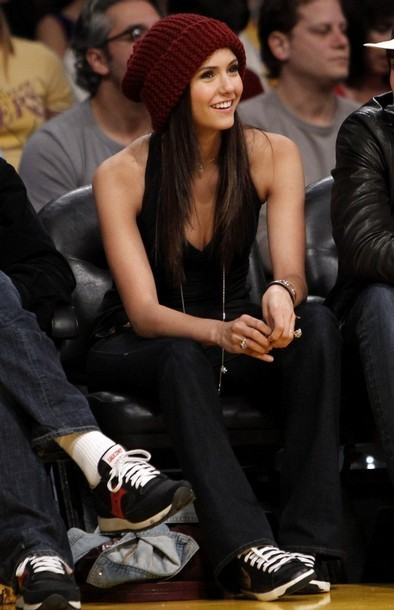 http://images2.fanpop.com/image/photos/12500000/nina-at-lakers-game-the-vampire-diaries-tv-show-12524238-394-610.jpg