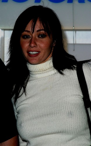 sizzlin shannen - shannen-doherty Photo
