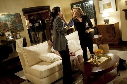 Angie in Rizzoli & Isles 1x01