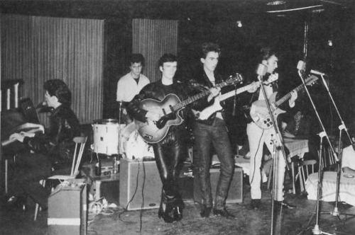 Beatles at the topo, início Ten Club