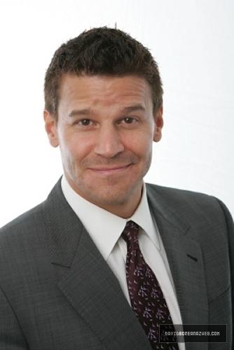 DAVID BOREANAZ-Todd Plitt 2009