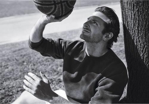 Bradley Cooper वॉलपेपर titled Details Magazine June 2010