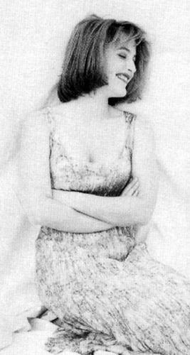 Gillian- Early foto Shoot
