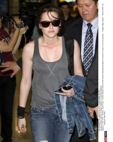Kristen Stewart arrives at Incheon Airport
