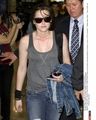 Kristen Stewart arrives at Incheon Airport - twilight-series photo