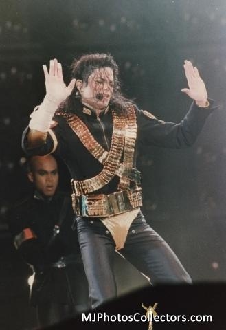 MICHAEL JACKSON - LIVE