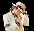 MJ - BAD TOUR - michael-jackson photo