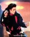 MJ - Earth Song - Live
