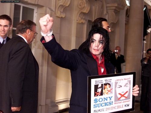 Michael, I Love آپ