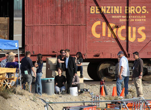 madami WFE Set Pics Of Rob
