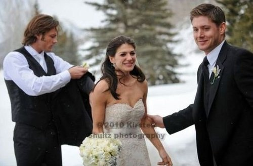 Jared Padalecki & Genevieve Cortese images Mr & Mrs Padalecki wallpaper and background photos