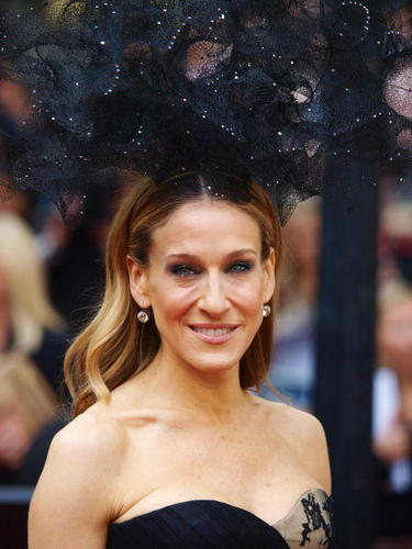 """Sarah Jessica Parker wallpaper called SJP @ """"Sex and the City 2"""" UK Premiere"""