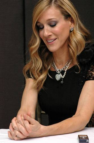 "Sarah Jessica Parker wallpaper called SJP @ ""Sex and the City 2"" Worldwide Press Conference"