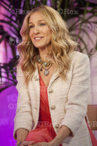 Sarah Jessica Parker wallpaper titled SJP on the Today Show 2010