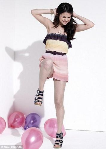 Selena Gomez wallpaper entitled Selena Gomez