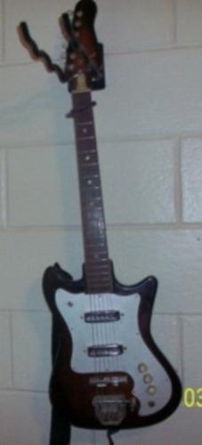 submarelime's guitarra