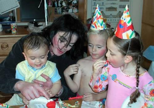 * MICHAEL & HIS ADORABLE KIDS *
