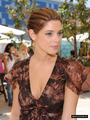 Ashley Greene at Kari Feinstein MTV Movie Awards Style Lounge  - twilight-series photo