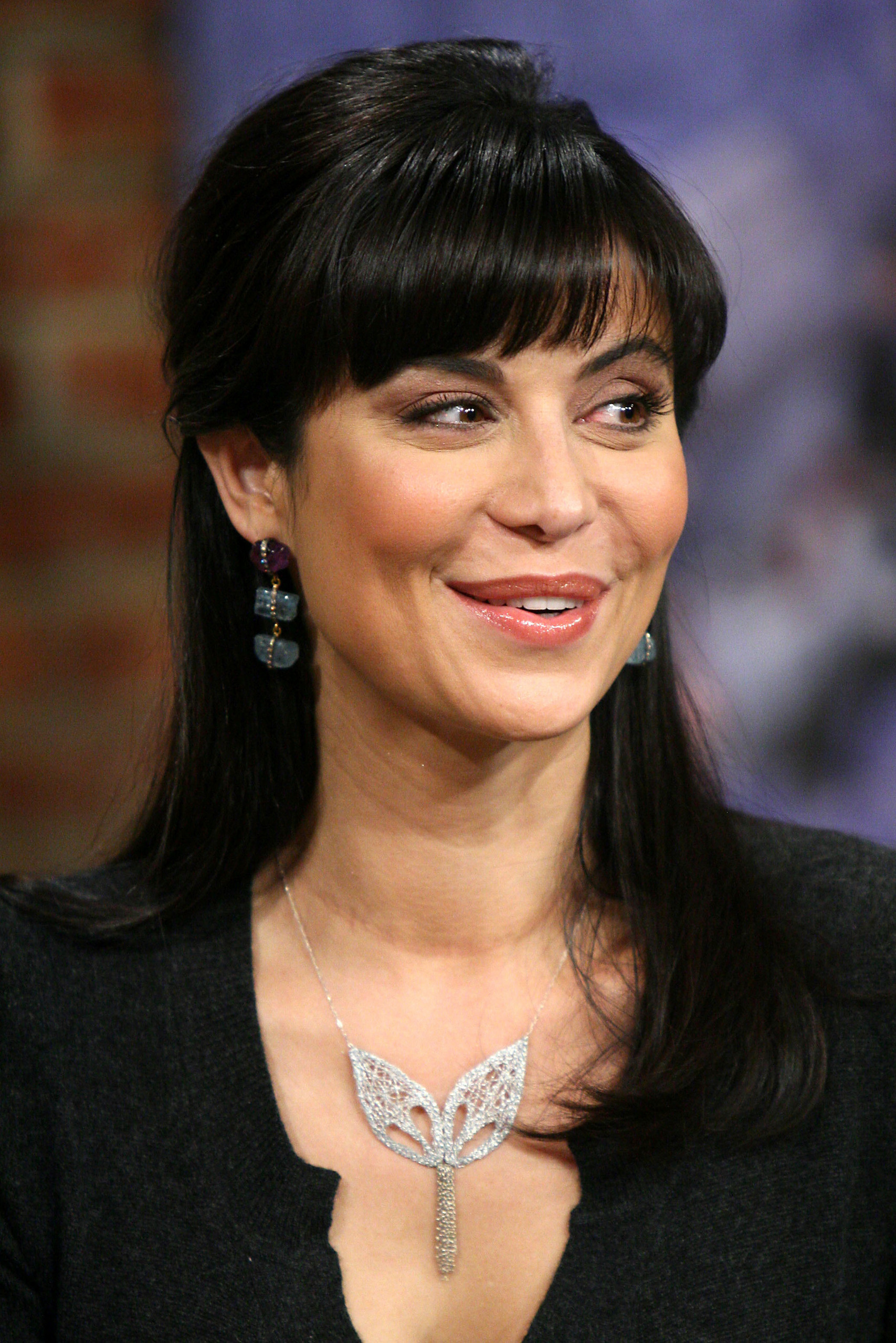 Catherine Bell - Photos Hot