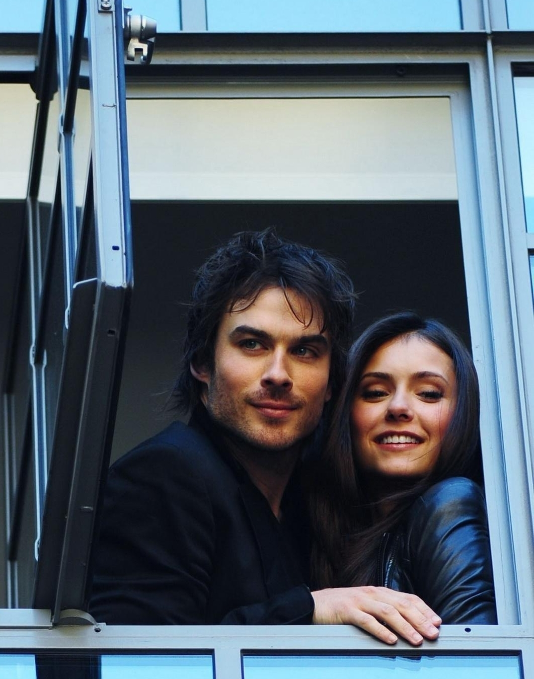 Ian - At the hotel in London(HQ) - ian-somerhalder photo