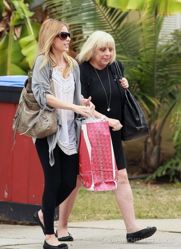JUNE 4TH - Sarah and mom Rosellen boutique in Santa Monica